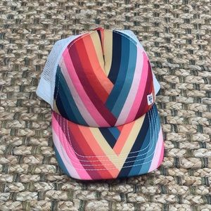 Billabong • Rainbow Stripe Trucker Hat